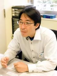 横浜市南部地域療育センター所長 礒﨑 仁太郎 医師